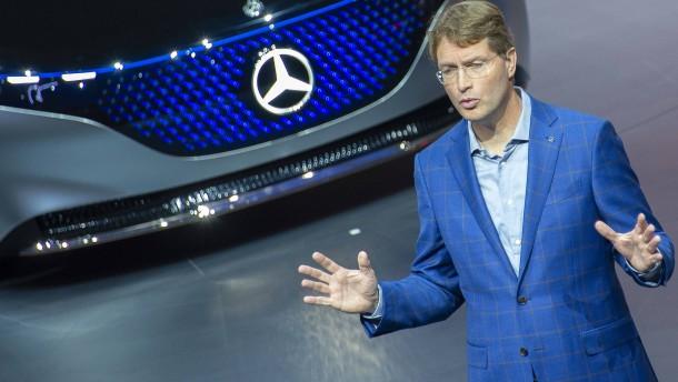Daimler kürzt die Dividende