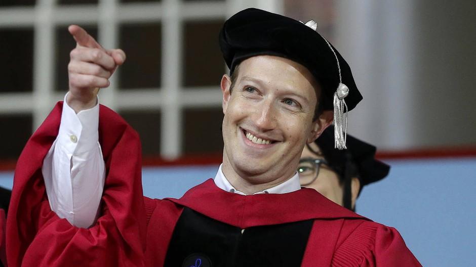 Der neue Ehrendoktor: Facebook-Chef Mark Zuckerberg in Harvard