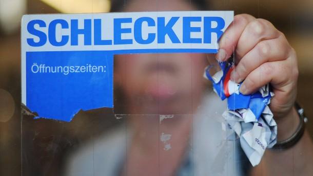 Schlecker bietet Abfindungen von 500 Euro an