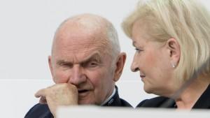 Piëch und Ehefrau legen Aufsichtsratsmandate nieder