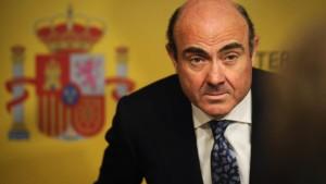 Spanien muss Kontrolleure akzeptieren