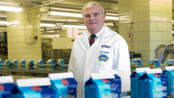 Hans Heinrich Driftmann,  der Besitzer der Peter Kölln AG stellt die bekannten Kölln-Flocken  aus Hafer und andere Müsli-Produkte her