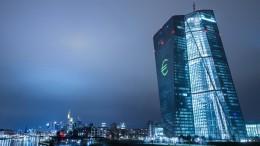 Lucke und Gauweiler scheitern mit Eilklagen gegen EZB