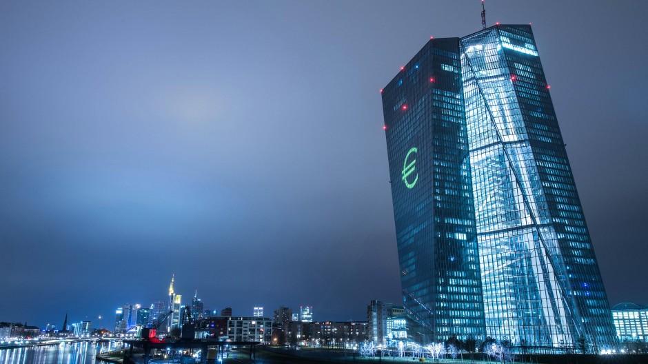 Verfassungsgericht weist Anträge von EZB-Kritikern ab