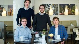 Sebastian Blautzik, Jan Christian Saupe, Deniz Caglayan und Dennis Ortmann im Restaurant Foreign Affairs in Berlin-Mitte.