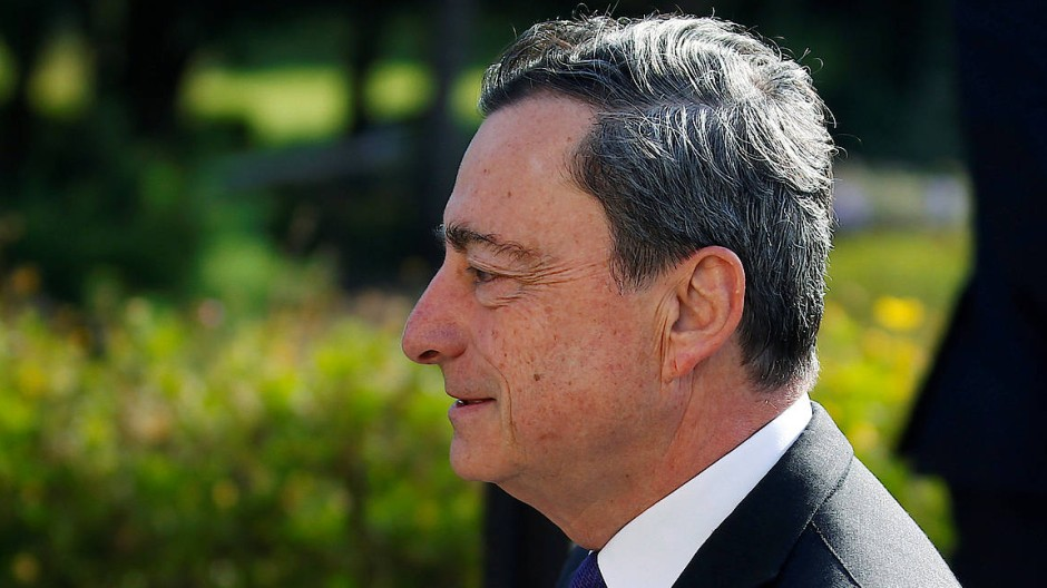 EZB-Präsident Mario Draghi kommt an im portugiesischen Sintra, wo die Notenbank eine große Konferenz veranstaltet.