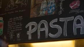 In der Vapiano-Küche: Warten, bestellen, Essen mitnehmen