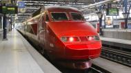 Das ist der traditionelle rote Thalys-Zug. Die Billigtickets gibt es ab Donnerstag für eine langsamere Variante in grün.