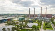 Die VW-Autostadt in Wolfsburg: Der Autokonzern ist das Unternehmen in der Welt mit den höchsten Schulden.