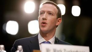 Zuckerberg soll nun doch öffentlich aussagen