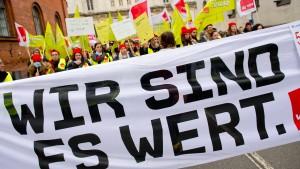 Bayern übernimmt Tarifabschluss für Beamte
