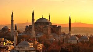 Touristen stürmen die Türkei