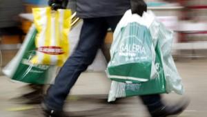 Verbraucher optimistischer als Manager