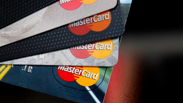 Putin will eigene Kreditkarten anbieten