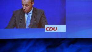 Merz schmerzt Merkel