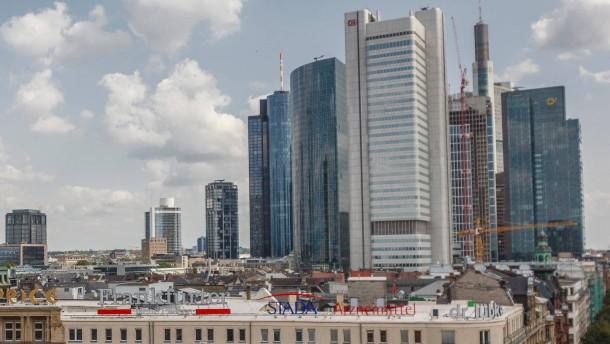 Der Frankfurter Silberturm steht zum Verkauf