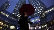 Schwere Zeiten für die Deutsche Bank - und für ihre Führungskräfte