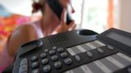 Vielen Verbraucher werden am Telefon unseriöse Angebote gemacht