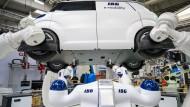 Robotik und neue Autos: Der nächste Mobilfunkstandard ist auch für die Industrie wichtig.
