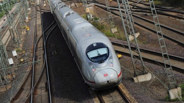 Siemens lässt neuen Liefertermin für ICE-Züge offen