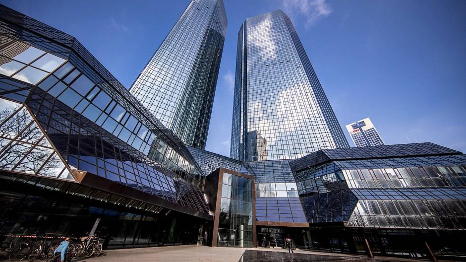 Die Zwillingstürme der Deutschen Bank in Frankfurt