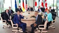 Freihandel, Stahl, Konjunktur - und Merkel mitten drin