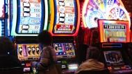 Spielcasino in Atlantic City: Der verschuldete Bundesstaat New Jersey braucht Einnahmen aus dem Glücksspiel.