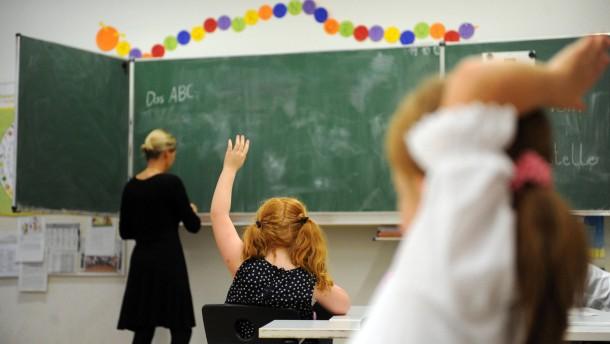 Kettenbefristungen für Lehrer arbeitsrechtlich fragwürdig