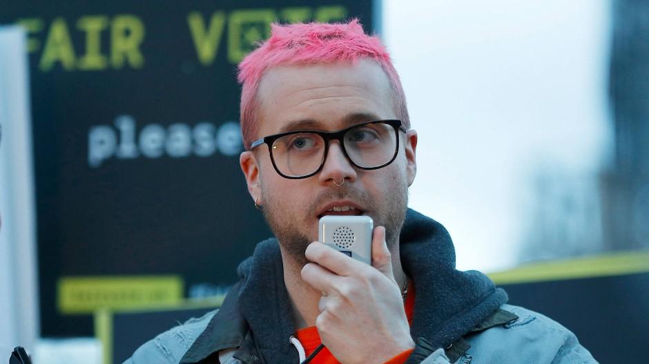 Whistleblower Christopher Wylie hat den Datenmissbrauch von Cambridge Analytica öffentlich gemacht.