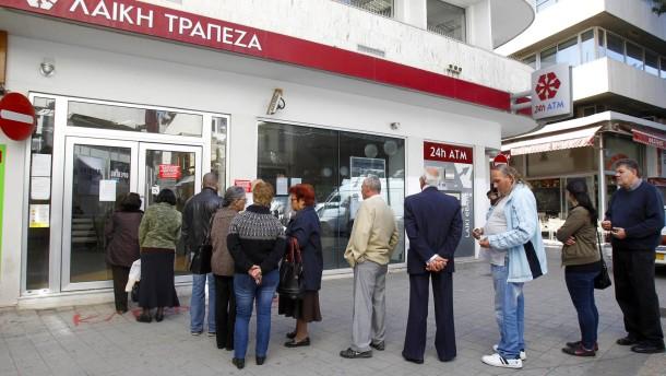 So umstritten war die Zypern-Hilfe in der EZB