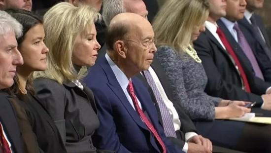 Trumps Handelsminister Wilbur Ross nimmt Hürde im Senat locker