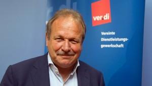 Verdi fordert sechs Prozent mehr Gehalt für Landesangestellte