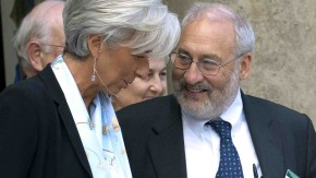 Joseph Stiglitz, Economist and 2001 Nobel Prize winner for Economics, leaves the Elysee Palace in Paris
