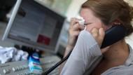 Zu viel Stress? Oder haben Arbeit und psychische Erkrankungen eigentlich herzlich wenig miteinander zu tun?