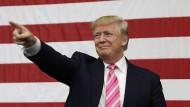 """""""Ich kenne unser komplexes Steuersystem besser als jeder andere, der schon mal das Präsidentenamt angestrebt hat und bin der einzige, der das in Ordnung bringen kann."""""""