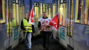 Gewerkschaften weiten Warnstreiks aus