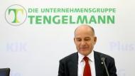 Edeka und Tengelmann-Inhaber Haub hatten die Fusionspläne vor knapp zwei Jahren besiegelt.