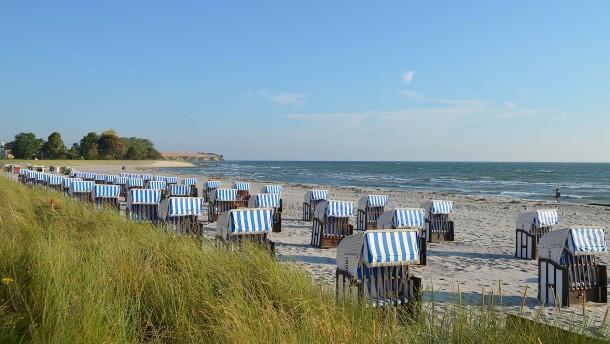 Viele Deutsche verschulden sich für den Urlaub