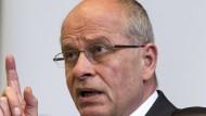 VW-Aufsichtsrat Huber: Kein Grund für Piëch-Rücktritt