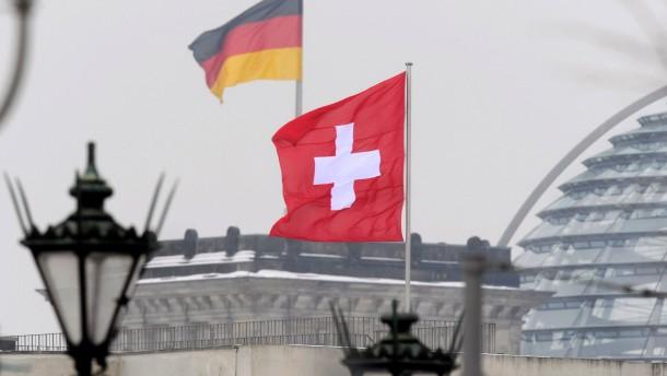 Bundesrat entscheidet über Steuerabkommen mit der Schweiz