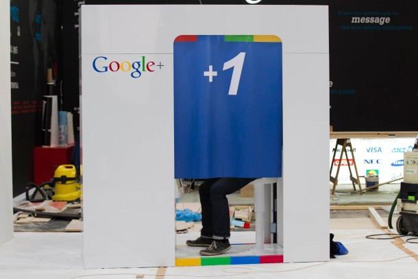Google + im Fokus: Der Messestand des Internetkonzerns in Hannover