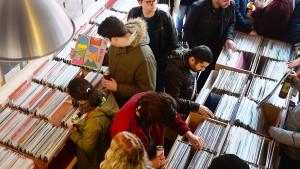 Werden bald die Schallplatten knapp?