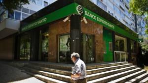 Turbulenzen in Portugal schicken Börsen auf Talfahrt