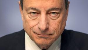 Was Draghi für die Sparer tut