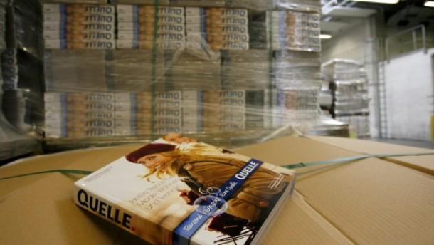 Druck- und Auslieferstopp des Katalogs belastet Quelle