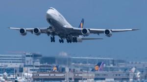Mehr als 800 Lufthansa-Flüge gestrichen