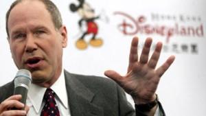 Disney-Chef Eisner kündigt Rückzug für 2006 an