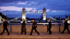 Wie Investmentbanker den Bonusdeckel umgehen wollen