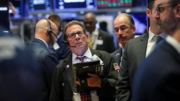 """10 Jahre nach """"Lehman"""": Trumps Regierung verkleinert die Finanzmarkt-Aufsicht"""