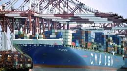Chinas Exporte legen überraschend kräftig zu